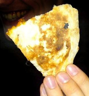 The image of Jesus in a naan bread