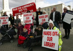 Anger at writer exhibit while library faces axe (Southampton, UK)