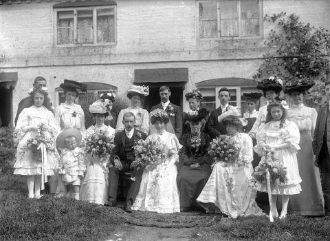 An Alton wedding party pictured in 1905