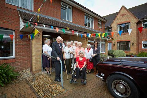 The Duke of Wellington meets some of the residents of Seeviours Court