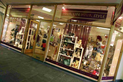 The gift and accessories shop opened in 2008 but will continue to trade online